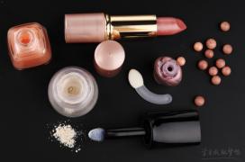 化妆品的销售广告词